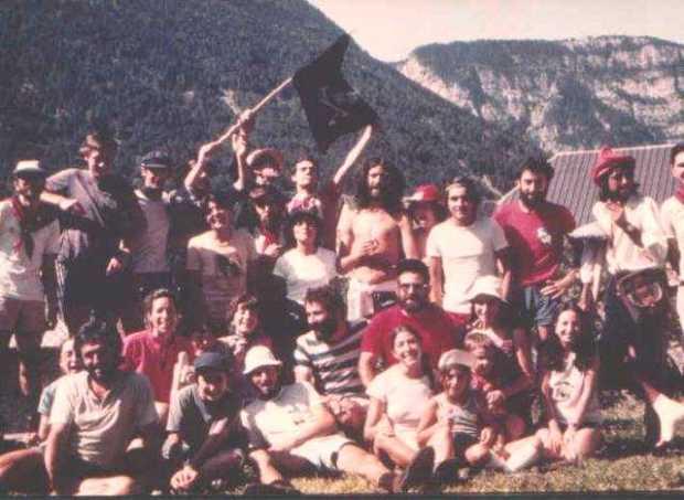Veintinueve y medio (el medio es Miguel Ángel Mart�n) en Plan. Bentinueu y meyo (o meyo ye Migalánchel Mart�n) en Plan.