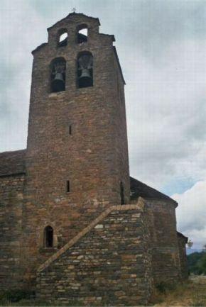 Torre de la Iglesia de Castiello de Jaca. Torre d'a ilesia de Castiello de Chaca