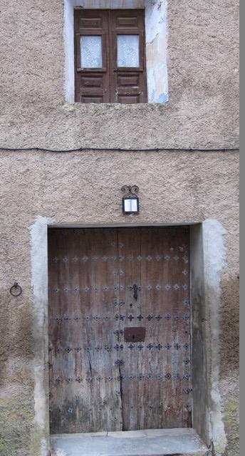 Fachada de una casa de Viver. Frontera d´una casa de Bibel