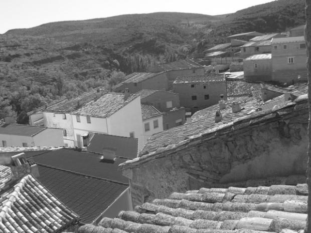 Vista desde la ventana de la casa de la abuela Cándida (3). Ambiesta dende ra finestra d'a casa d'a yaya Candida  (3)