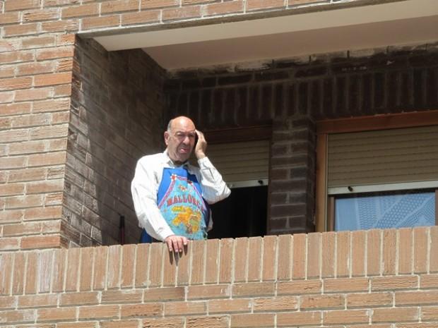 Nicerato Gil Urbano en su casa antes de la grave enfermedad. Nicerato Gil en a suya casa de Trasobars, antis d'a grau malotía