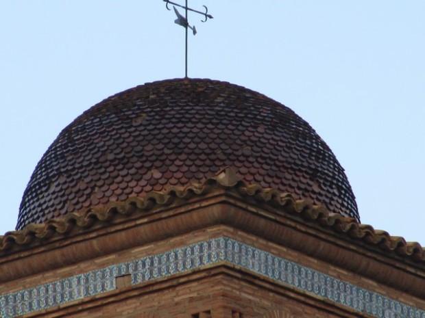Cúpula exterior de la torre de la iglesia.- Cupula forana d´a torre d´a ilesia